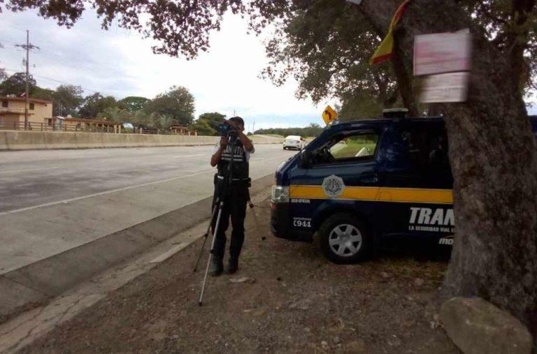 The Policia de Transito At Work