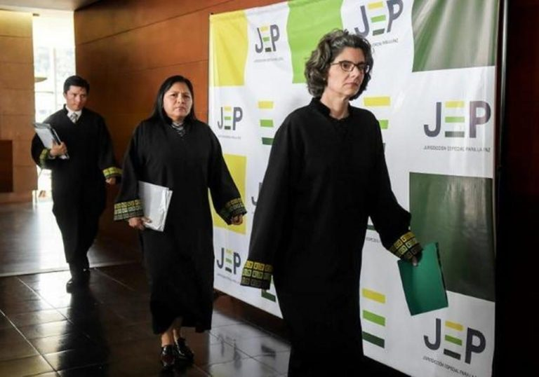 'We apologize': former Colombia FARC rebels seek forgiveness at tribunal