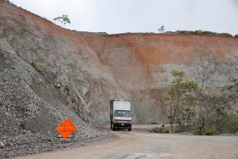 Quality of Materials Delay Asphalt Of Road To Monteverde