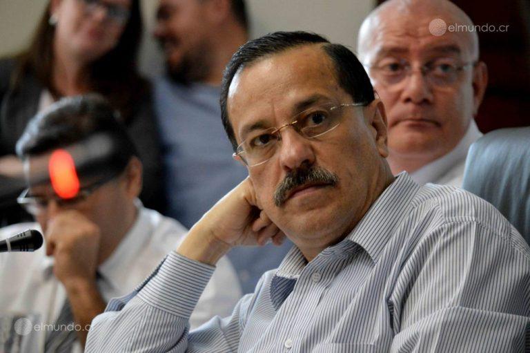 Union Leader Compares Carlos Alvarado To Daniel Ortega