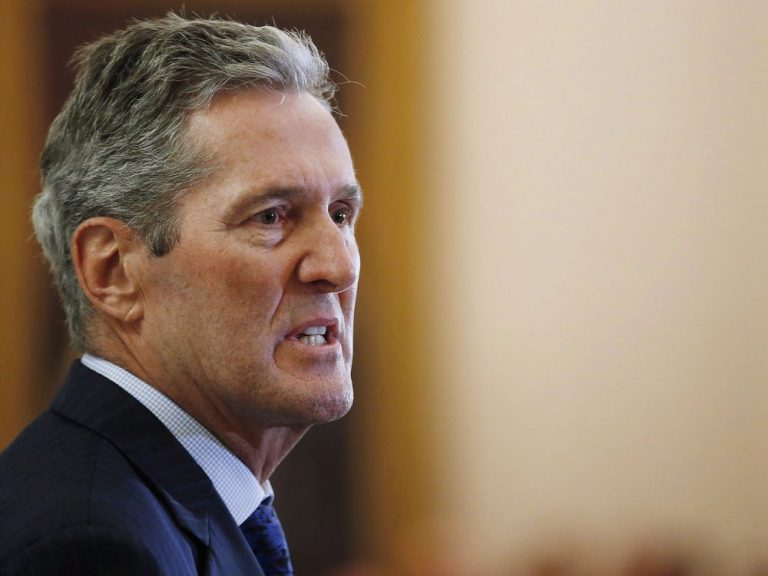 Manitoba (Canada) premier penalized for unpaid back taxes on Costa Rica vacation home