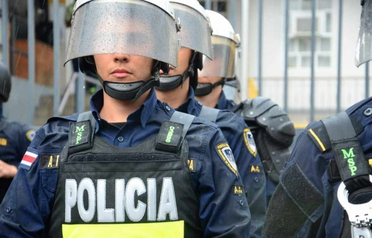 Off Duty Police Called To Strike