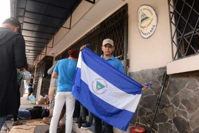 On average of 200 Nicaraguans daily request refuge in Costa Rica