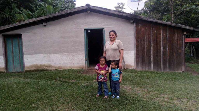 Farmers Generate Their Own Electricity in El Salvador