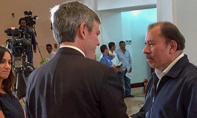Ortega Receives Credentials From U.S. Ambassador To Nicaragua