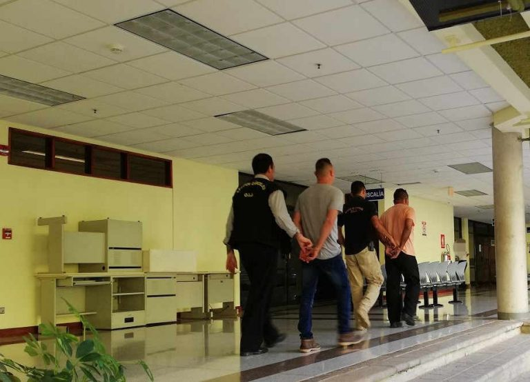Two Costa Rica Police Officials Arrested For Extorting Bribe From Canadian Tourists