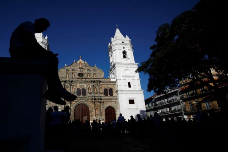 Abuse survivors request meeting with Francis in Panama over Costa Rica archbishop