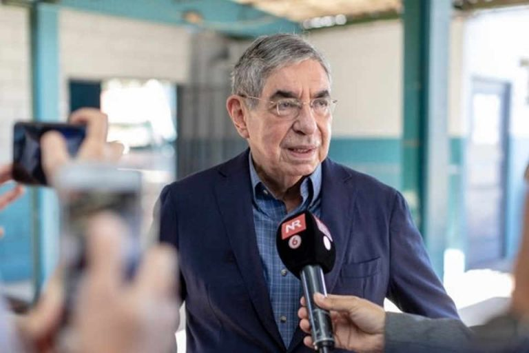 Fiscalia: Oscar Arias devised a 'criminal plan' to develop the Crucitas mine 'at all costs'