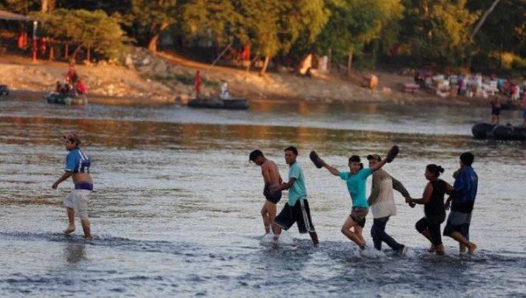 New Migrant Caravan Enters Mexico Undocumented Despite Humanitarian Visas
