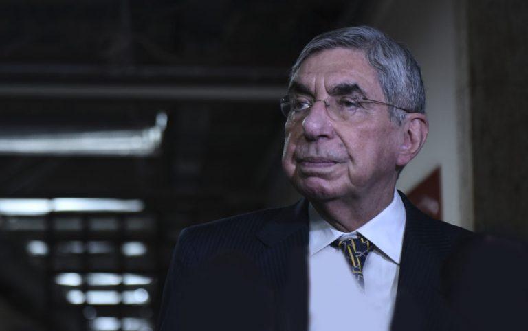 Doctor Accuses Oscar Arias Of Rape