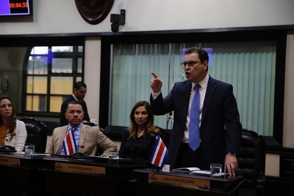 "Head of the PLN caucus on Oscar Arias case: ""Legislators Must Be Respectful"""