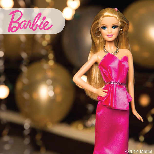Barbie: a 60-year-old lady with the face (and body) of a young girl!