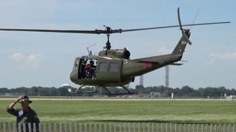 4 helicopters donated by the United States will arrive today