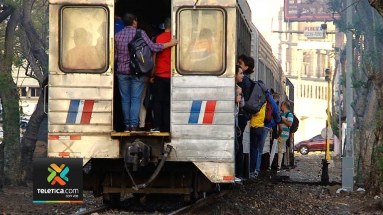 Passengers risk their lives every day when they travel the train