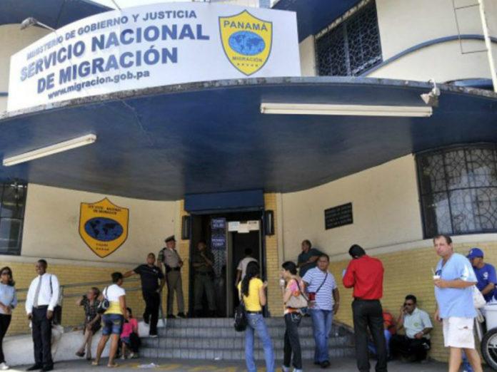 Panama will accept expired passports of Venezuelans