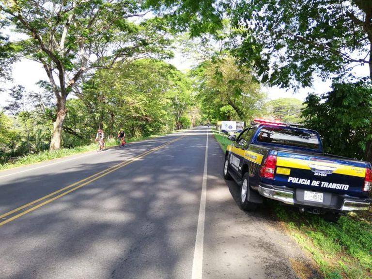Policia de Transito In Action This Semana Santa (Photos)