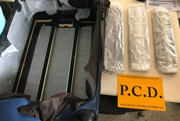 Tourist Nabbed With Hashish Entering Costa Rica
