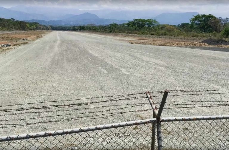 "Legislator: ""Quepos Airport Is A Time Bomb"""