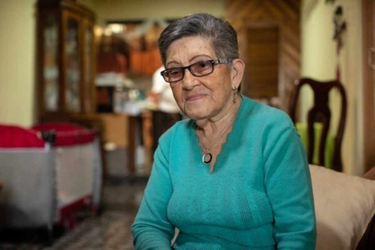 89-year-old woman about to lose her sight has to wait to 2021 for cataract surgery