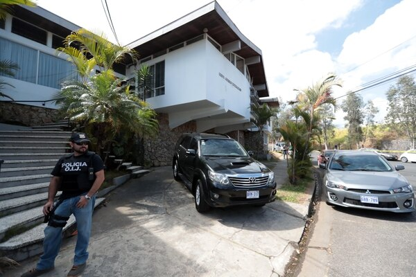¢42 million seized in raid Otto Guevara law office will be for the State