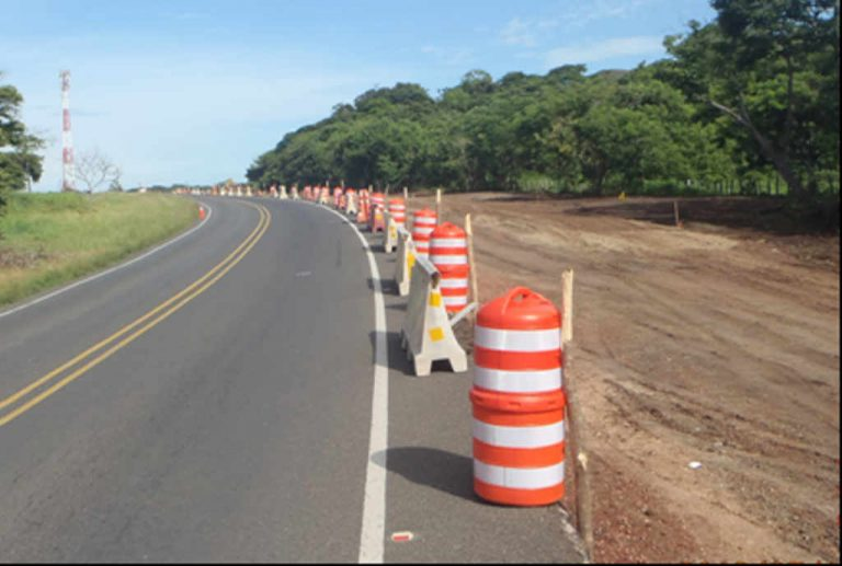 """""""Eternal appeals"""" frustrate the start of works in two sections of the Interamericana Norte"""
