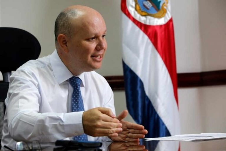 Costa Rica is the second country with the least violence in Central America