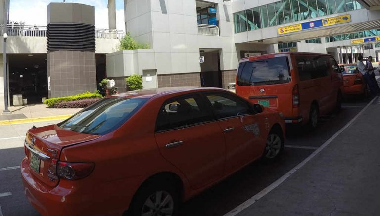 Airport Taxis To Protest On Monday Against Uber