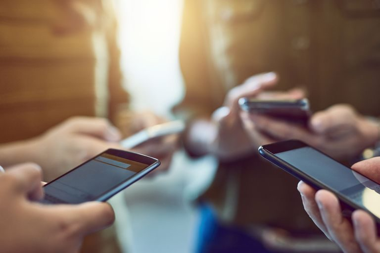 Not all smartphone, social media users know they're on the internet