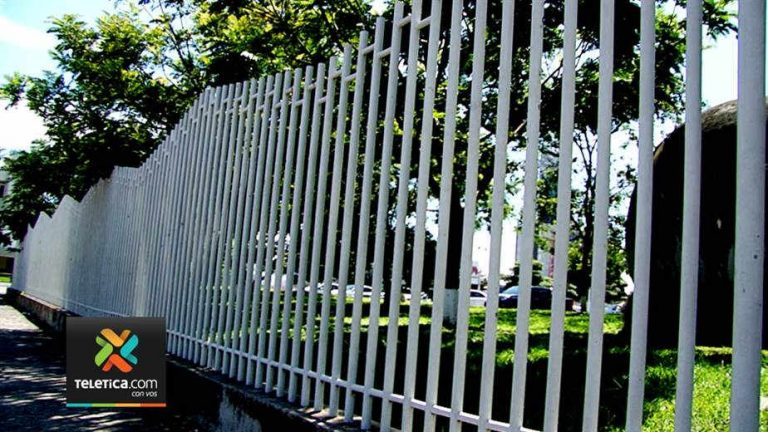 Fencing In La Sabana Park. Could It Come To This?