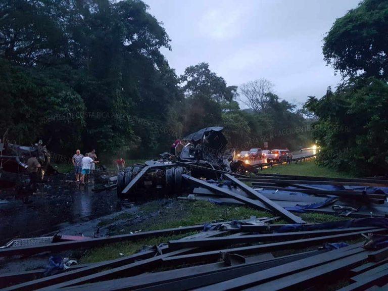 Two Major Crashes On The 27 Wednesday Night: Coyolar and La Sabana