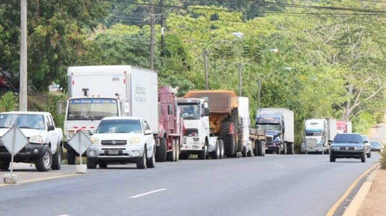 Blockades raged against a depressed Caribbean