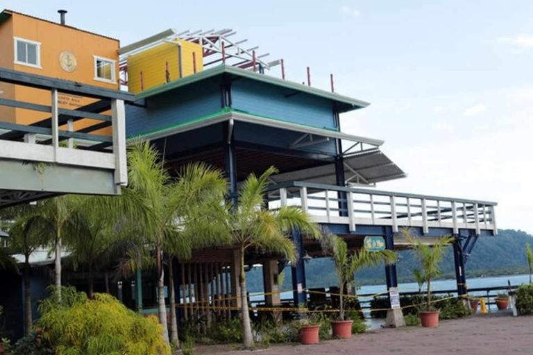 """""""They Lost Interest And Left"""", Mayor Says of The Failed Golfito Marina Project"""
