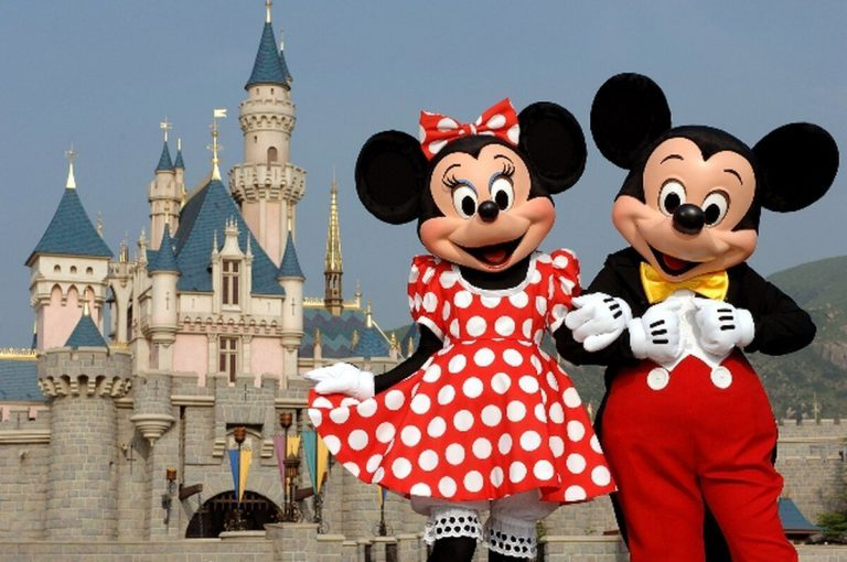 From Disney to Costa Rica: This weekend meet Mickey and Minnie Mouse
