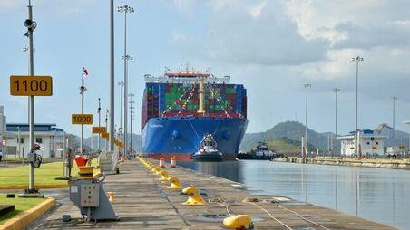 Panama Canal revenues up 3.9%