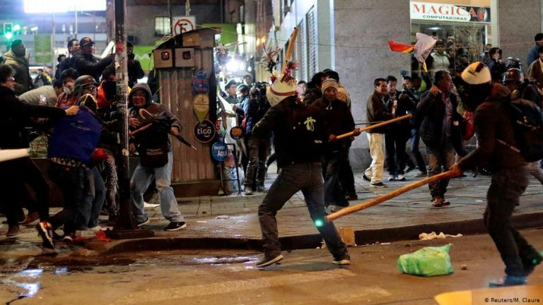 Bolivia protests: Student dies after violent clashes