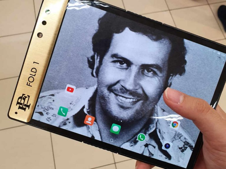Brother Of Pablo Escobar Has Made a Folding Smartphone And Says It's Unbreakable