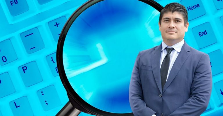 Carlos Alvarado is exposed to six years imprisonment for prevarication