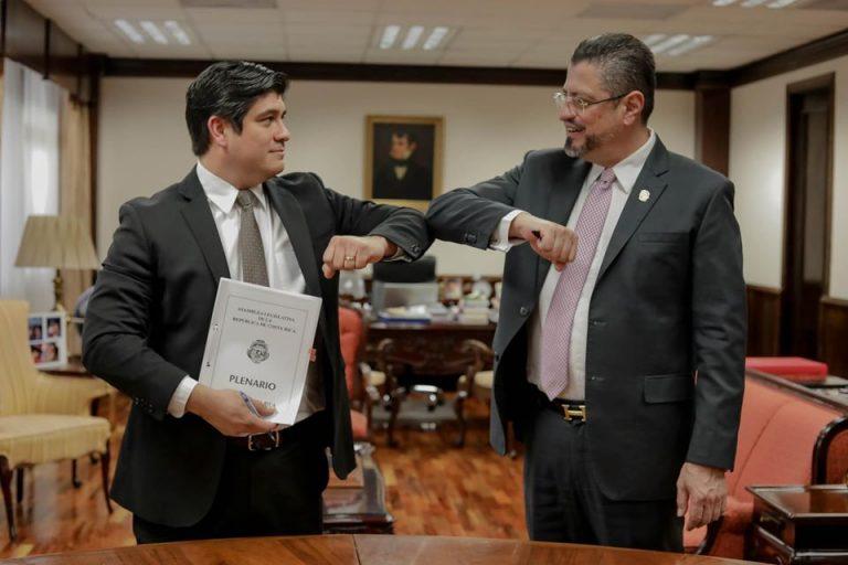 Carlos Alvarado denies solidarity tax on wages of ¢500,000