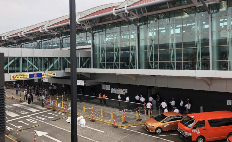 Foreigner Residents Who Leave Costa Rica Will Lose Their Residency Status