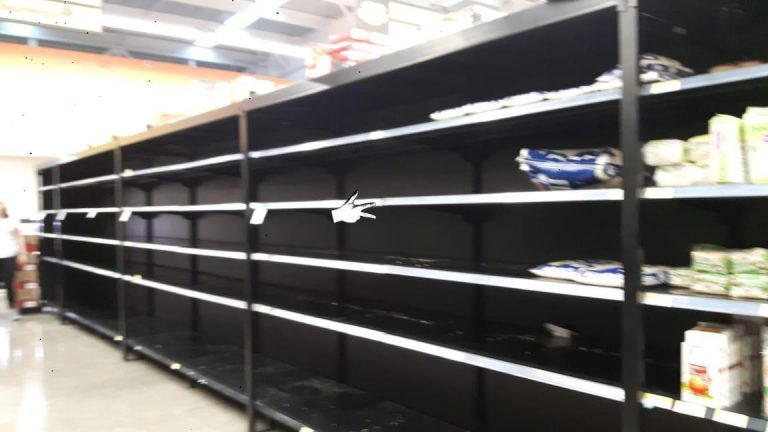 Costa Rica Shoppers React To The Coronavirus Emergency