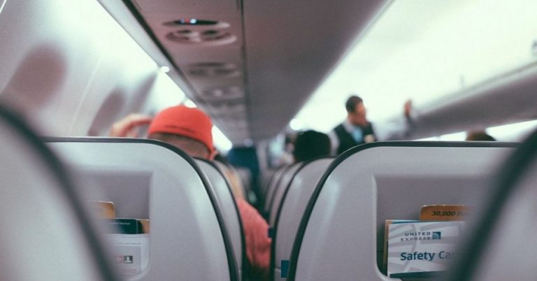 """Middle seat will """"disappear"""" from planes for a long time, experts predict"""