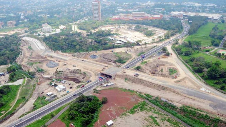 El Salvador Suspends 2020 Government Investments