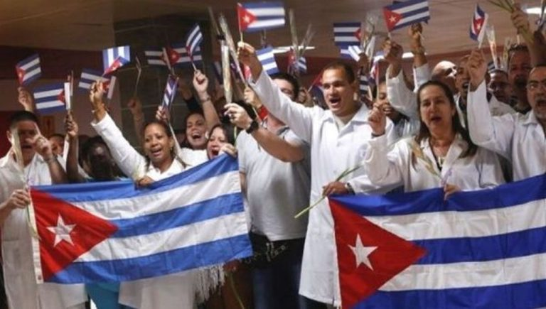 Argentina to Soon Welcome 200 Cuban Doctors for COVID-19 Fight