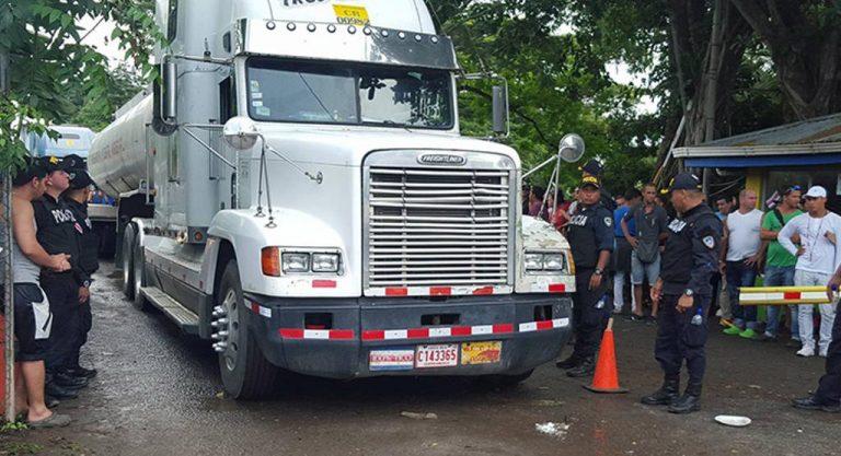 Daniel Ortega blames Costa Rica for closing the border