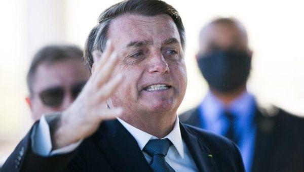 Brazil's Bolsonaro Orders Journalists to Shut Their Mouths