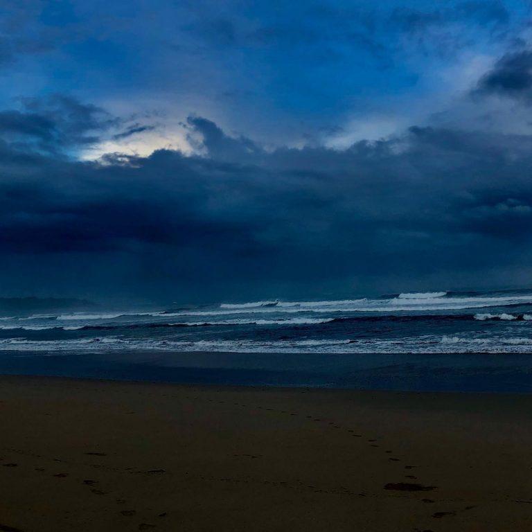 Dawn storm riding @ Nosara, Costa Rica
