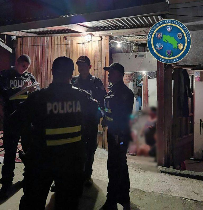 Police intervene party in La Carpio and are attacked