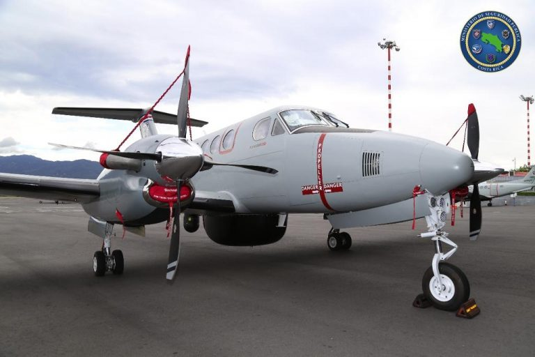 ¢4 billion plane has already failed and was almost a month out of service