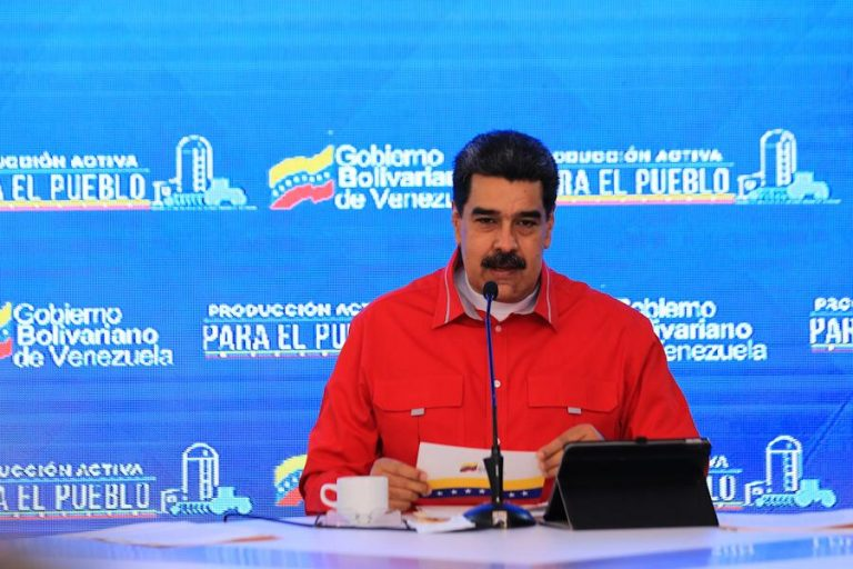 Shortages and More Controls: Maduro Announces Gasoline Price Hike