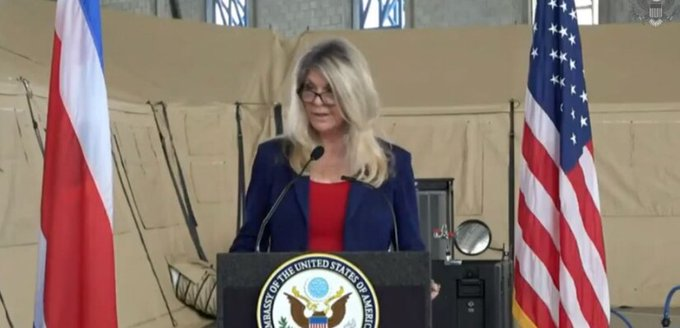 US Embassy donates three medical mobile units to expand capacity of the Caja